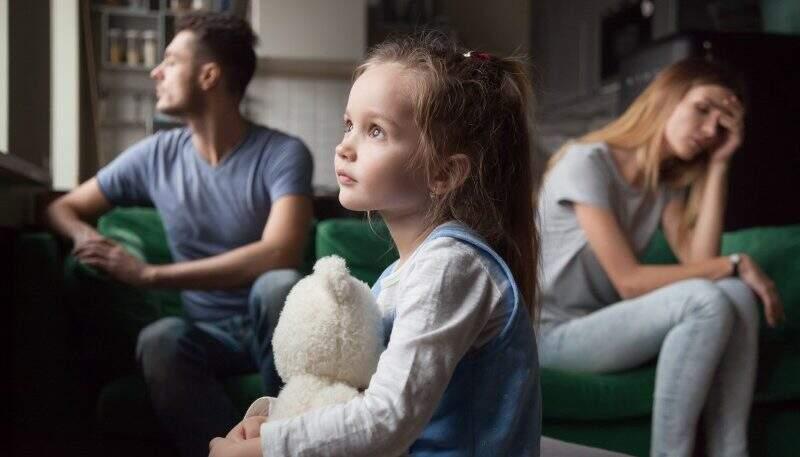 Abandono parental na infância: como evitar traumas futuros?