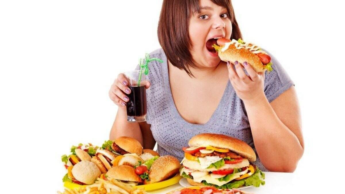 Compulsão alimentar: saiba como tratar e prevenir esse distúrbio   Vittude