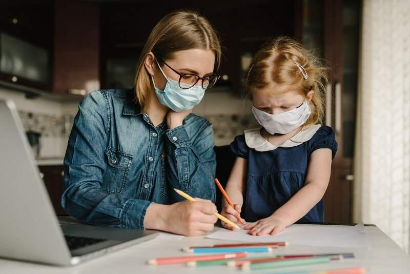 Desafios das mães na pandemia: família, trabalho e autocuidado