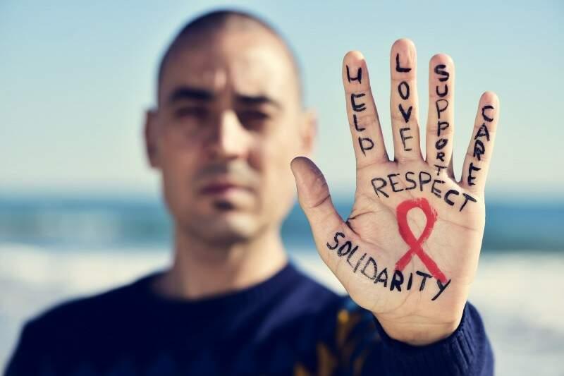 Dia Mundial da AIDS e HIV: conheça o Dezembro Vermelho