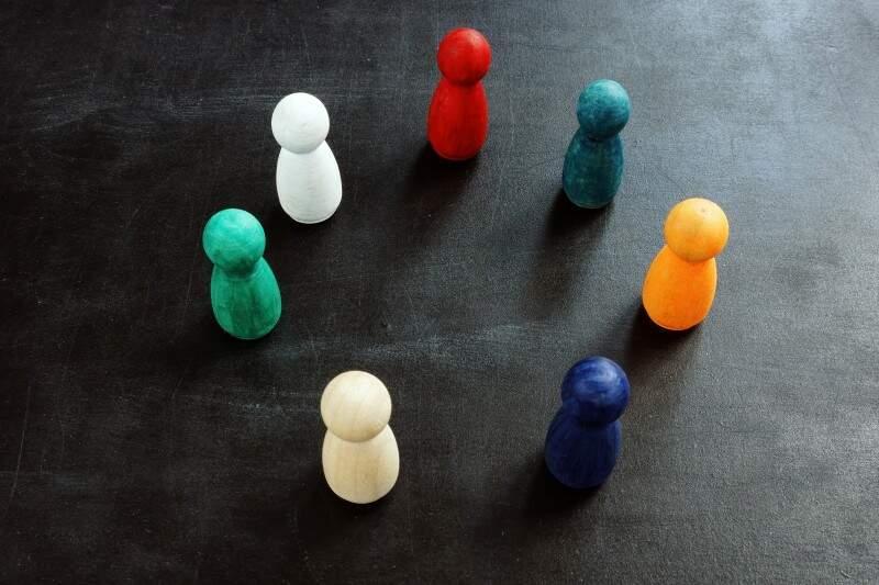 O que é discriminação racial e como ela se apresenta no dia a dia?