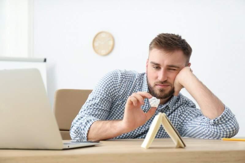Ser perfeccionista demais é um problema? Entenda como isso impacta sua mente!